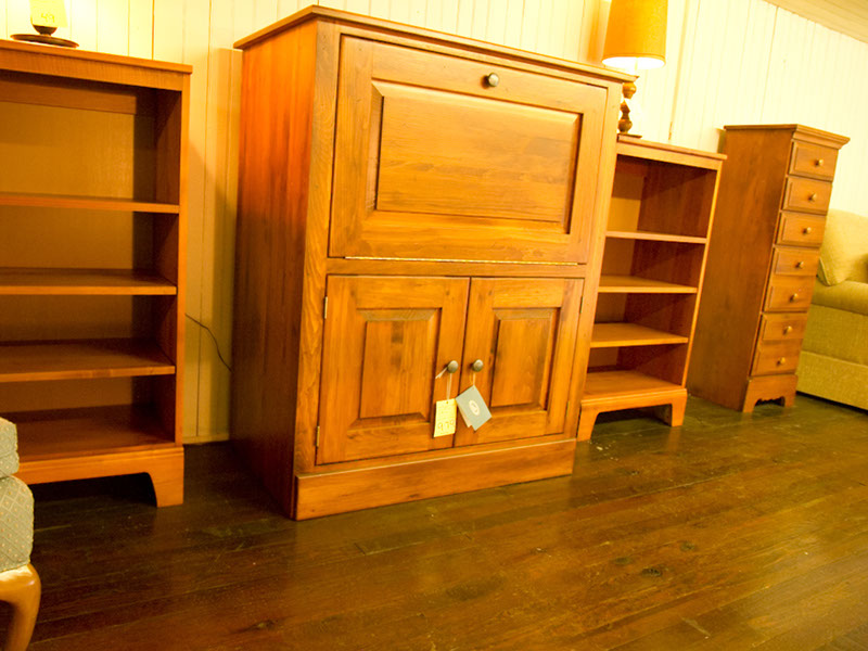 Solid Wood Fine Furniture